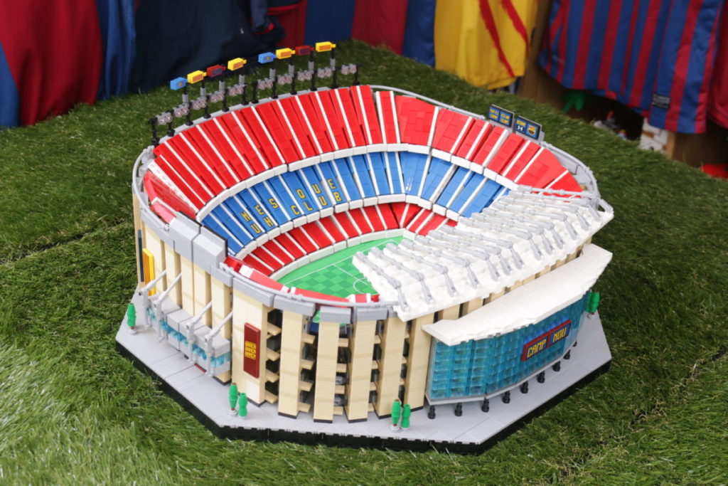LEGO for Adults 10284 Camp Nou – FC Barcelona review 6