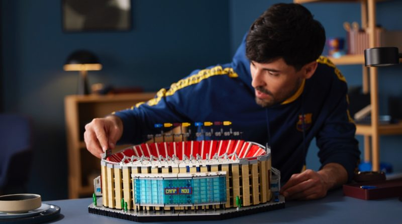 LEGO for Adults 10284 FC Barcelona Camp Nou featured 2