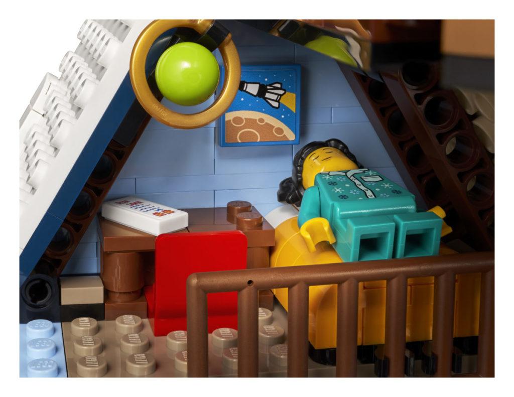 LEGO მოზრდილთათვის 10293 სანტა ვიზიტი 6