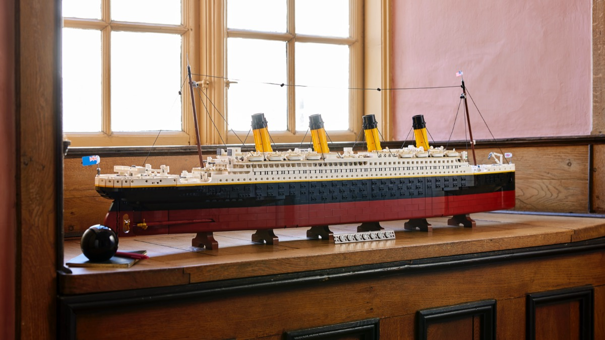 LEGO For Adults 10294 Titanic Featured 1