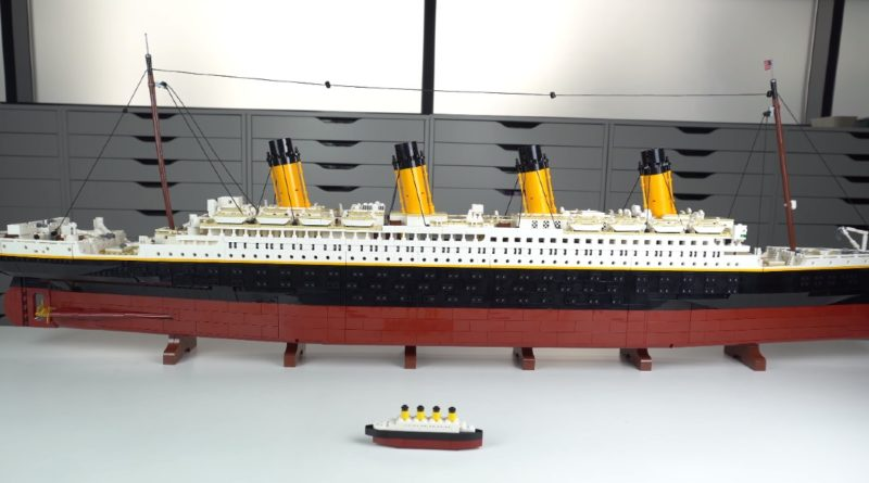 LEGO for Adults 10294 Titanic mini model featured