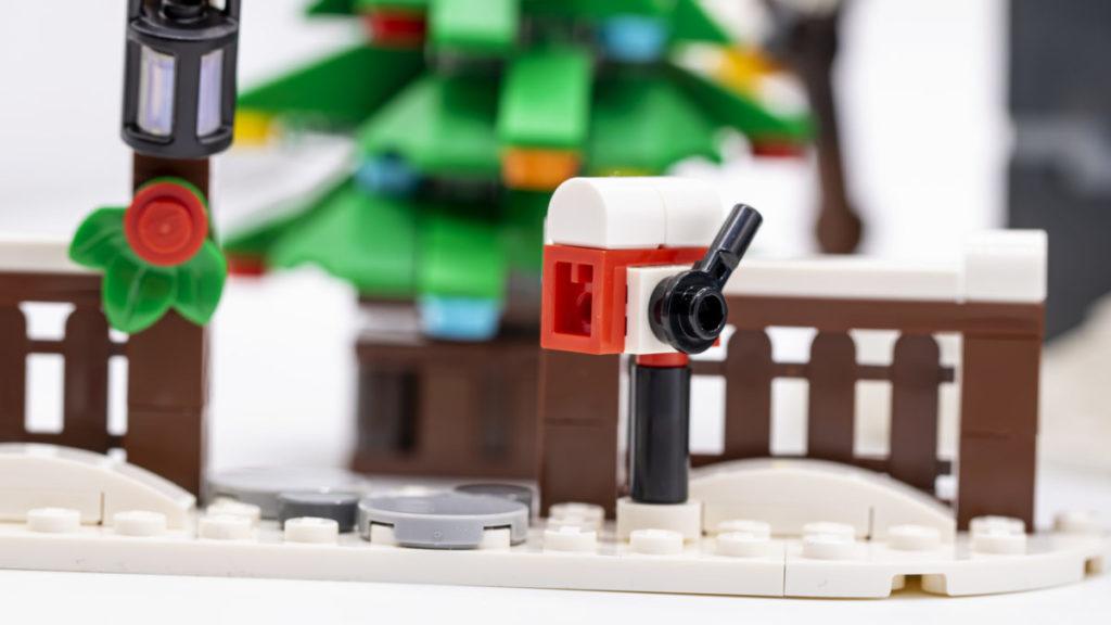 LEGO for adults 10293 Santas Visit 22