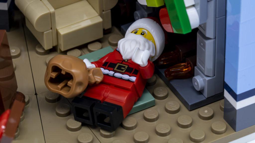 LEGO for adults 10293 Santas Visit 40