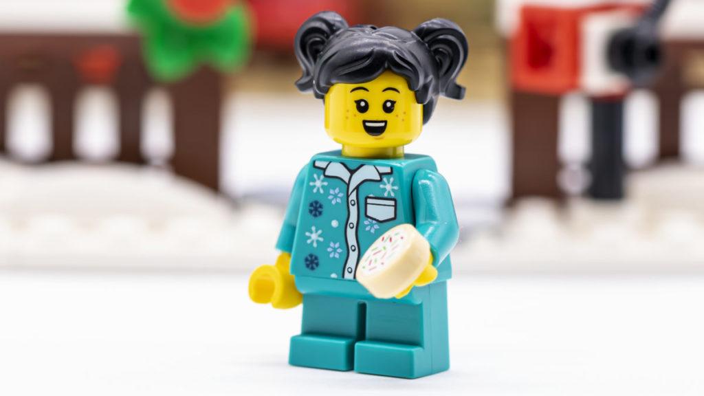 LEGO for adults 10293 Santas Visit 46