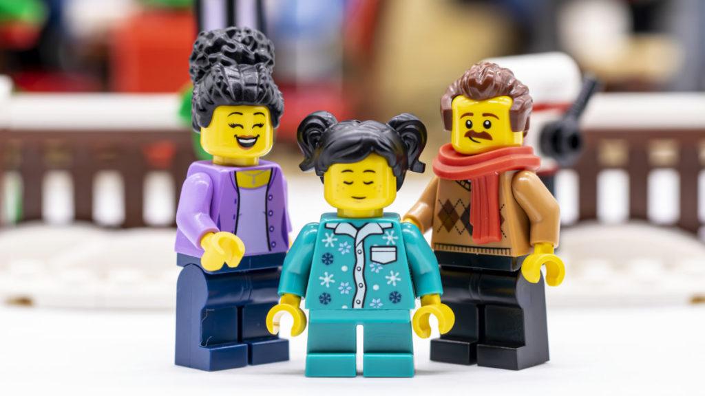 LEGO for adults 10293 Santas Visit 48