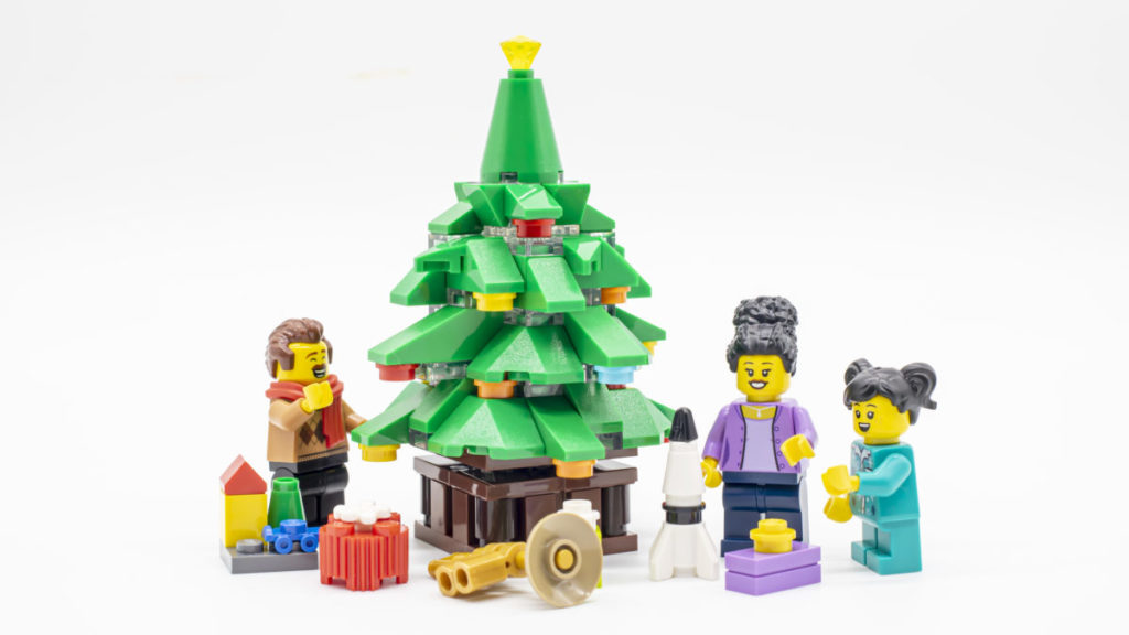 LEGO for adults 10293 Santas Visit 5 1