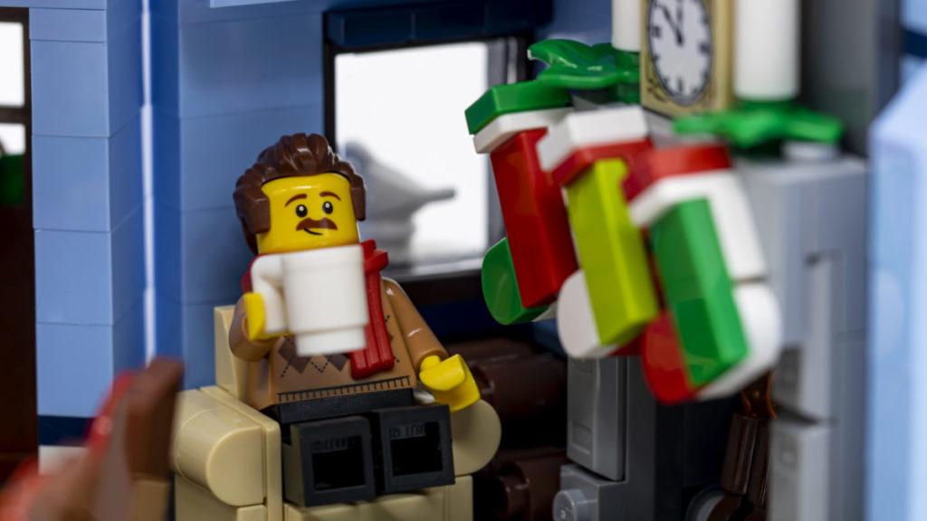 LEGO for adults 10293 Santas Visit 6 2