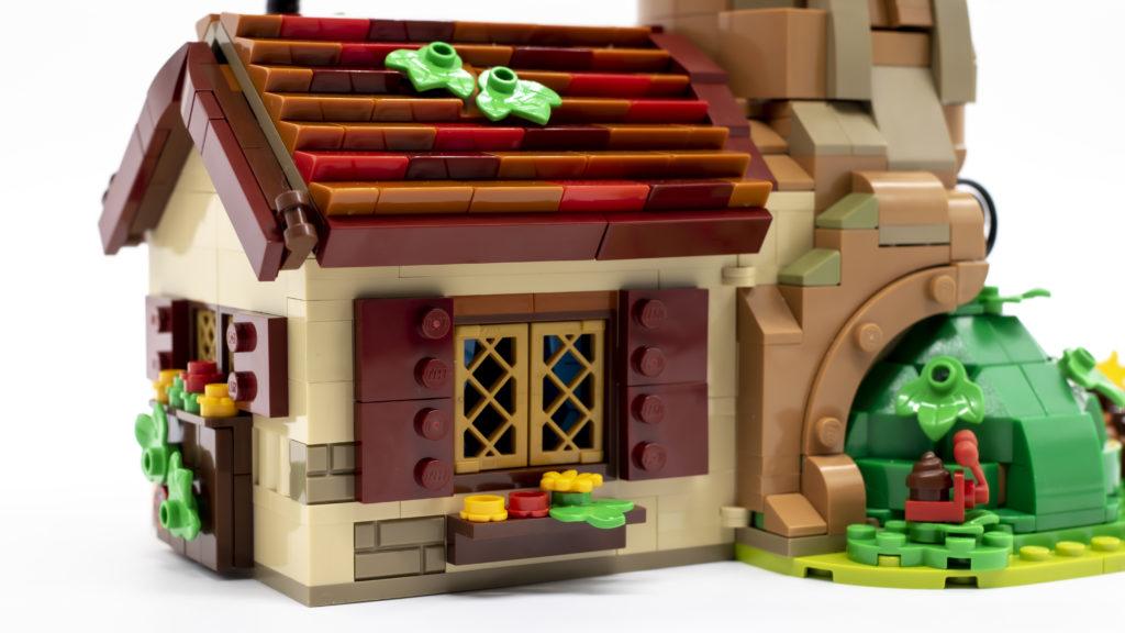 LEGO ideas 21326 Winnie The Pooh 11 1