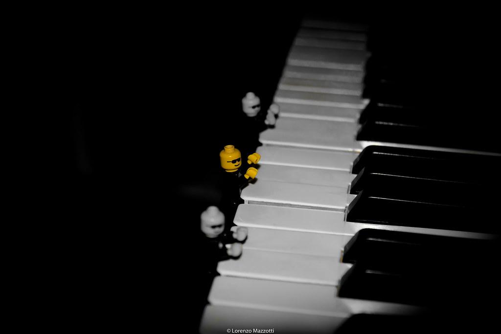 LEGO piano guys