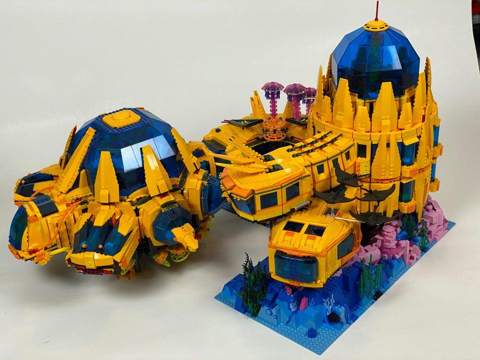 LEGO underwater base 1