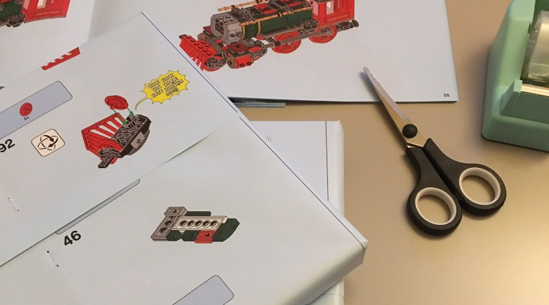 Need wrapping paper this Christmas? Just use your LEGO instructions