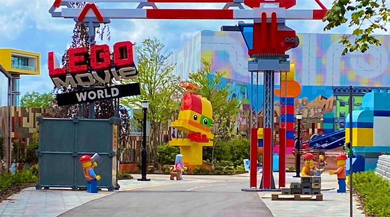LEGOLAND Billund Movie World Featured 800x445