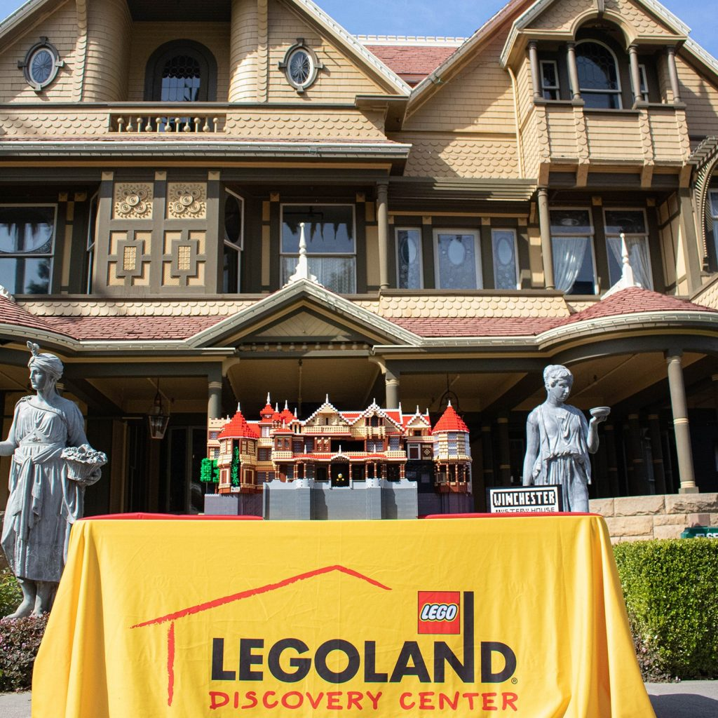 LEGOLAND Discovery WInchester Mystery House