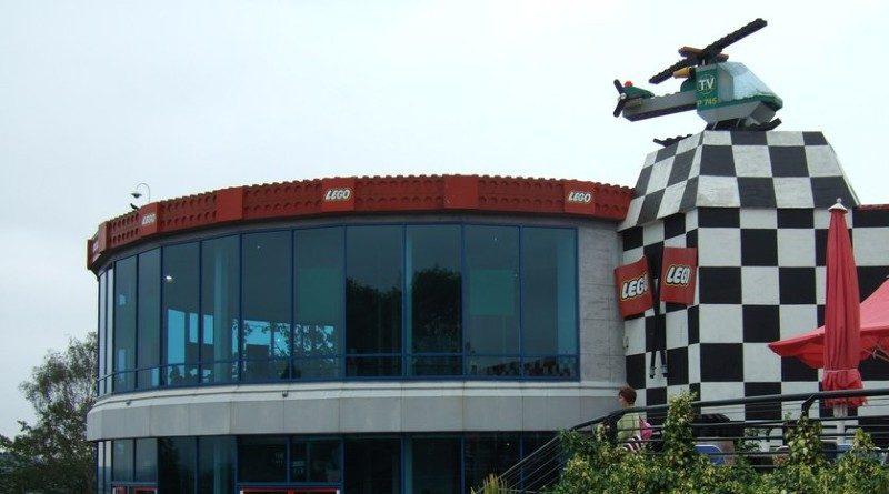 LEGOLAND Windsor defunct attraction featured