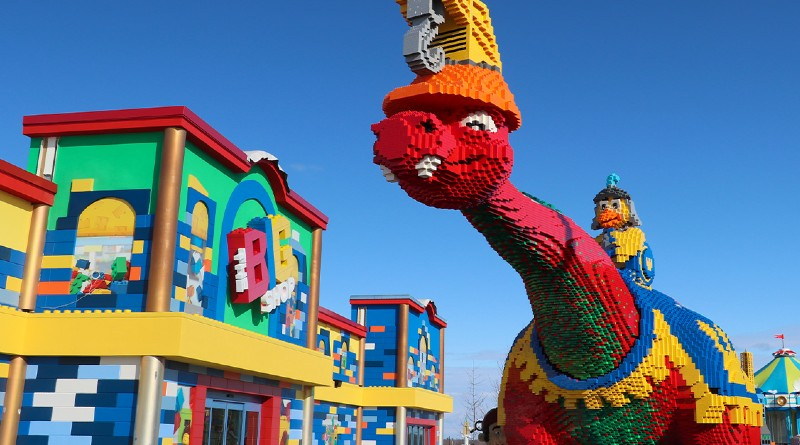 LEGOLAND New York Big Red Dino Contest Featured