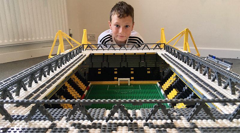 LEGo Football Joe Bryant Featured 800x445