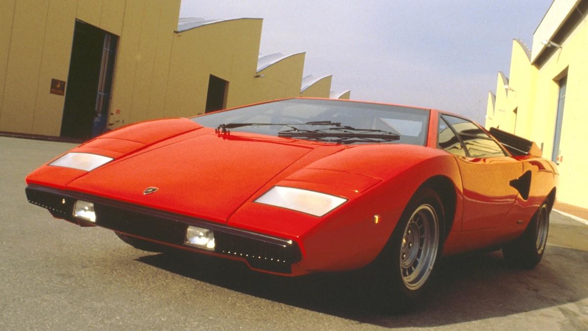 Lamborghini Countach Featured