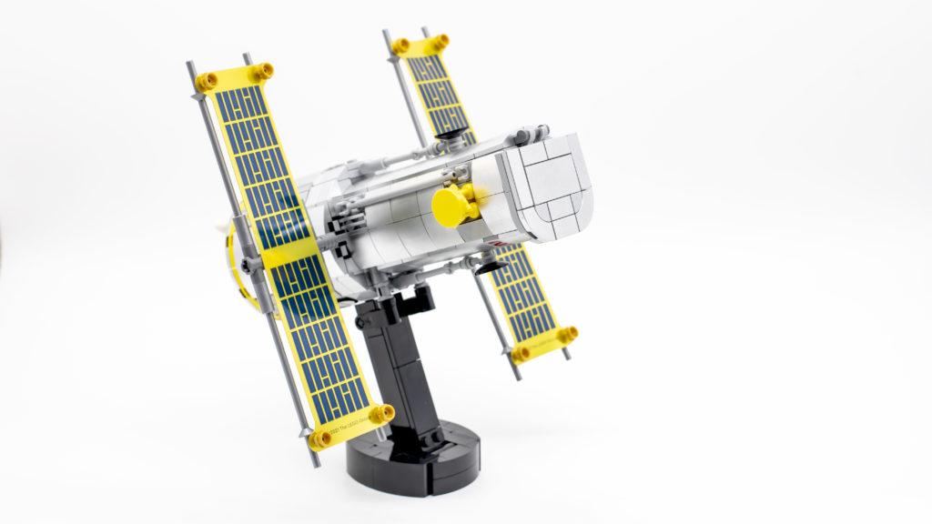 Lego Creator Expert 10283 NASA Space Shuttle Discovery 14