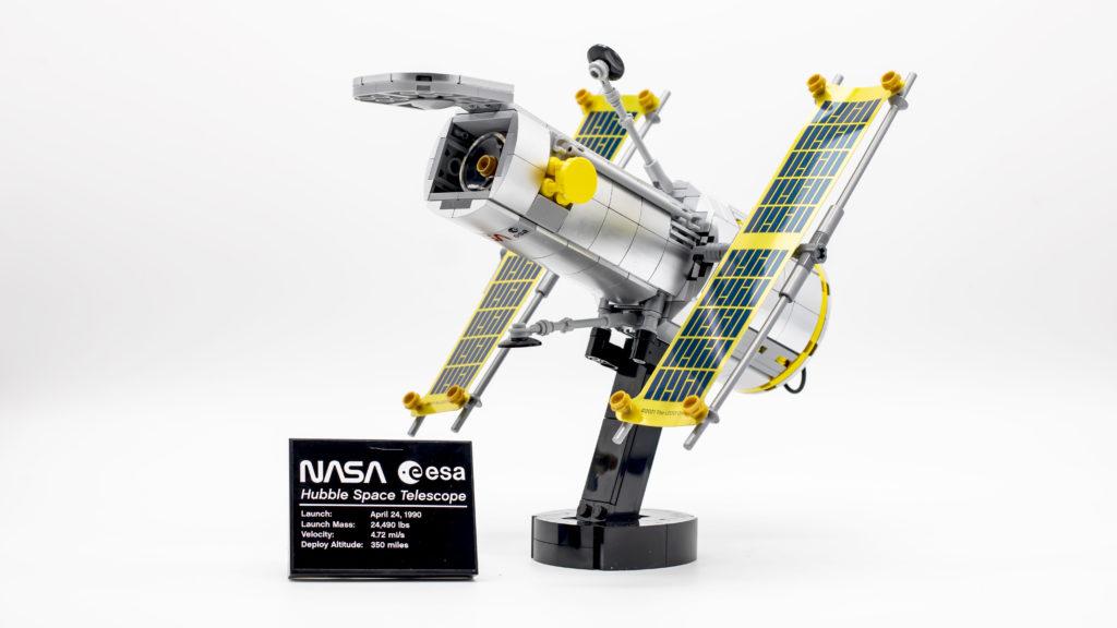 Lego Creator Expert 10283 NASA Space Shuttle Discovery 17