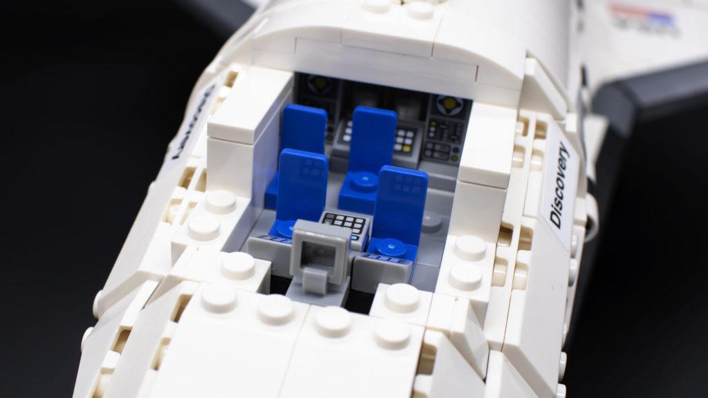 Lego Creator Expert 10283 NASA Space Shuttle Discovery 39