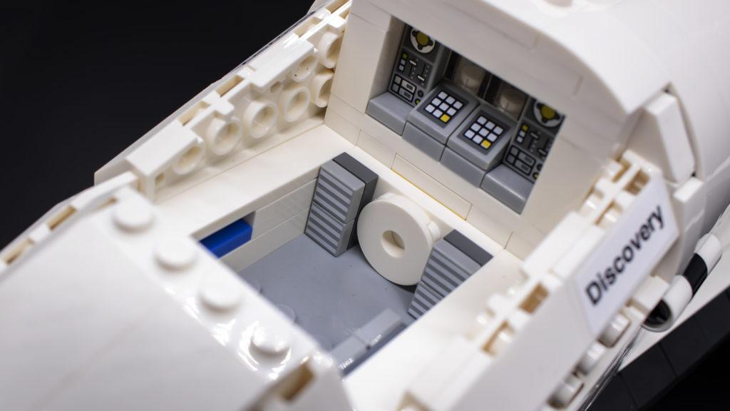 Lego Creator Expert 10283 NASA Space Shuttle Discovery 41