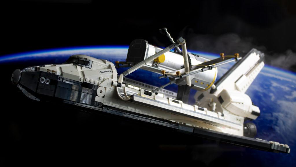 Lego မှ Creator Expert 10283 NASA အာကာသလွန်းပျံယာဉ် Discovery 1 1 featured