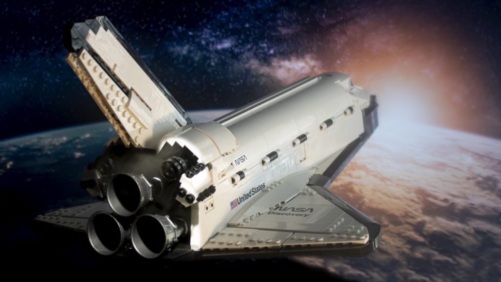 Lego မှ Creator Expert 10283 NASA အာကာသလွန်းပျံယာဉ် Discovery 5 featured