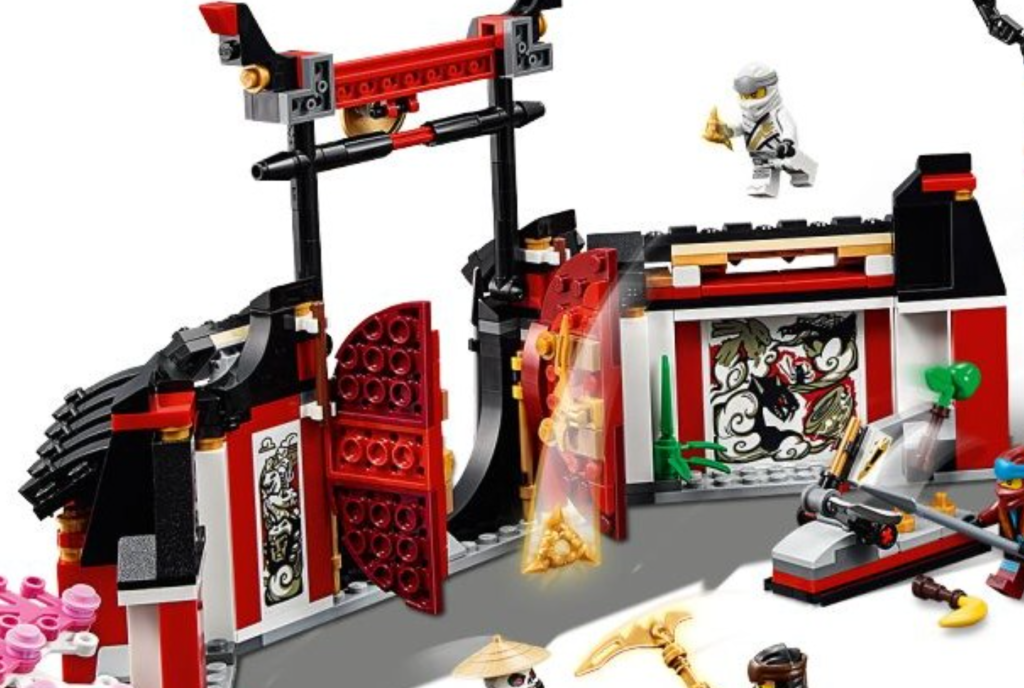Ninjago 70670 Back Of Gates