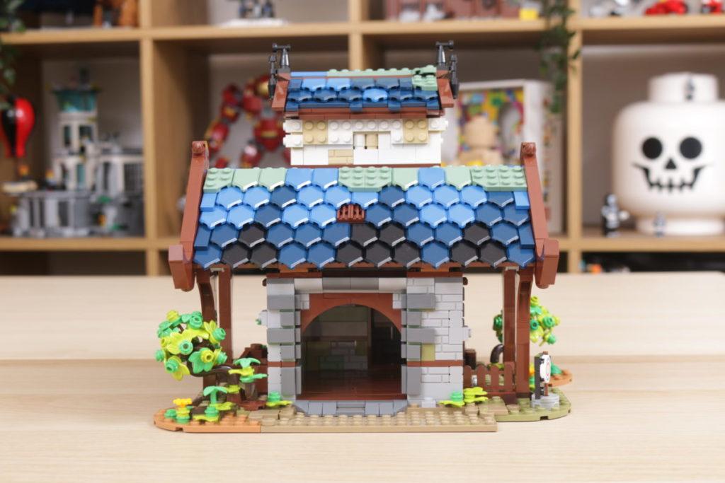 Rebuilding LEGO Ideas 21318 Medieval Blacksmith with Rebrickable 12