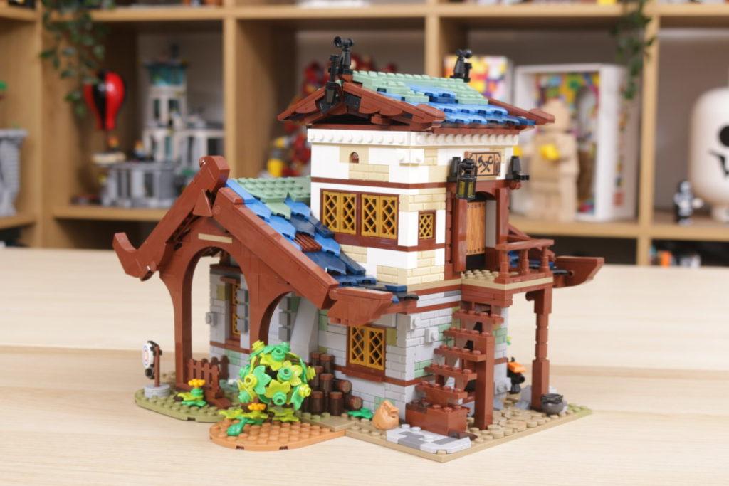 Rebuilding LEGO Ideas 21318 Medieval Blacksmith with Rebrickable 15