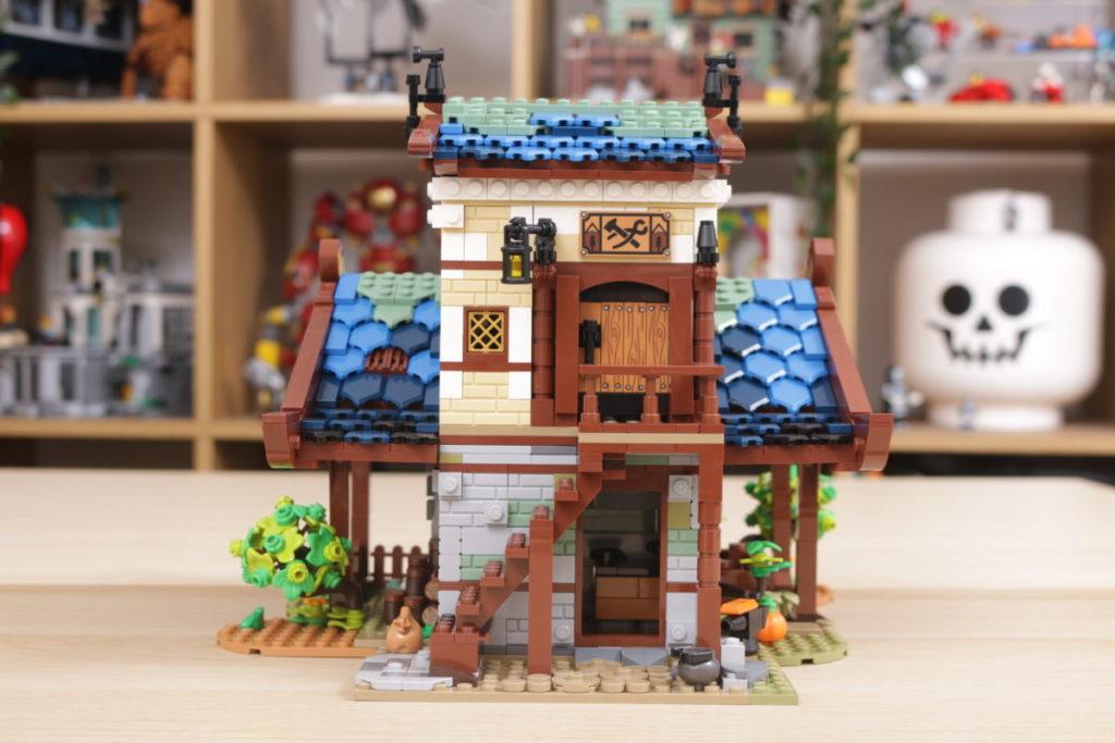 Rebuilding LEGO Ideas 21318 Medieval Blacksmith with Rebrickable 16
