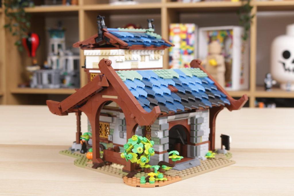 Rebuilding LEGO Ideas 21318 Medieval Blacksmith with Rebrickable 19