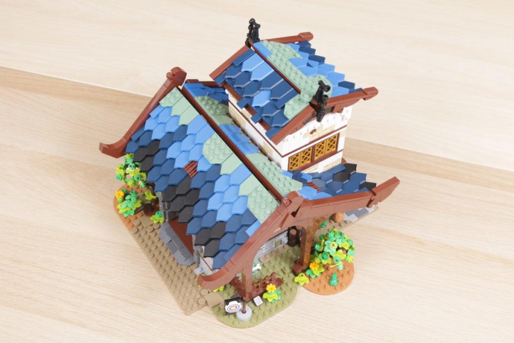 Rebuilding LEGO Ideas 21318 Medieval Blacksmith with Rebrickable 20