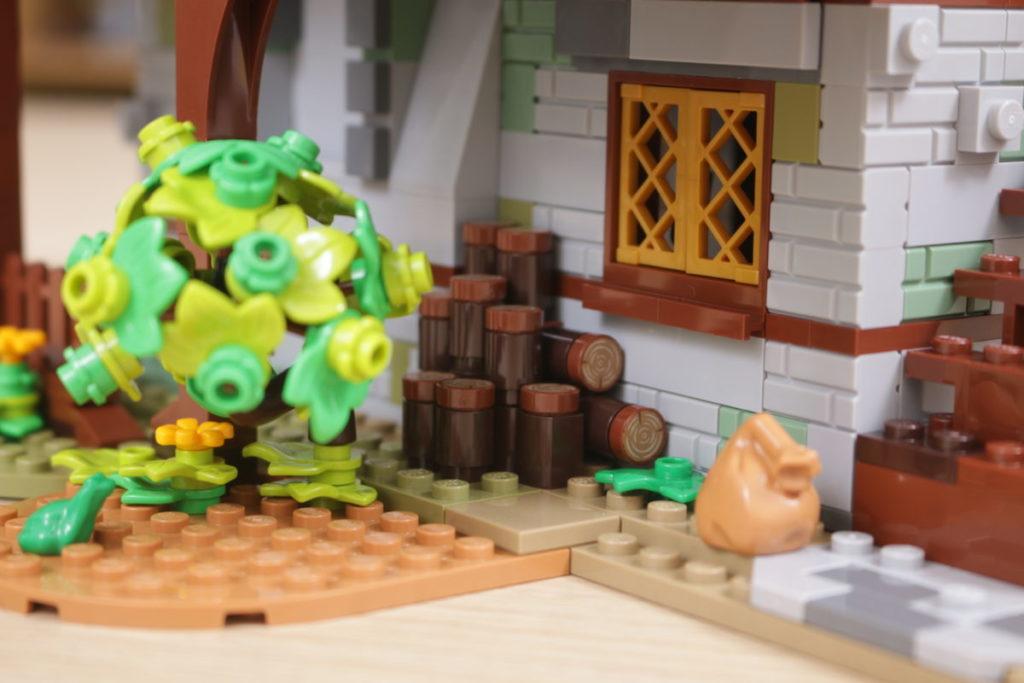 Rebuilding LEGO Ideas 21318 Medieval Blacksmith with Rebrickable 21