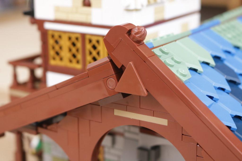 Rebuilding LEGO Ideas 21318 Medieval Blacksmith with Rebrickable 25