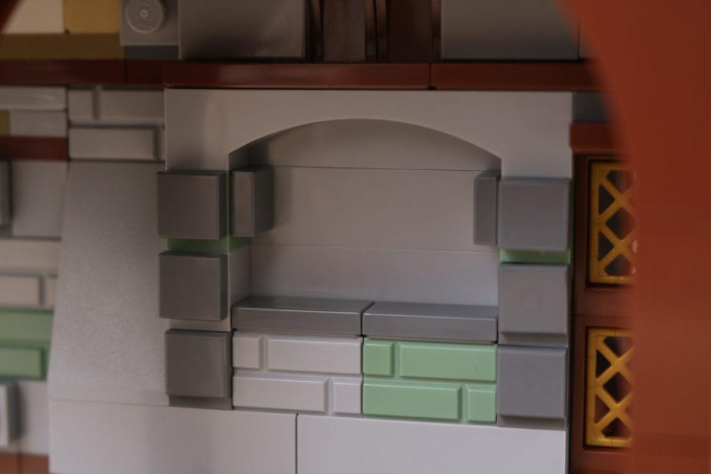 Rebuilding LEGO Ideas 21318 Medieval Blacksmith with Rebrickable 26