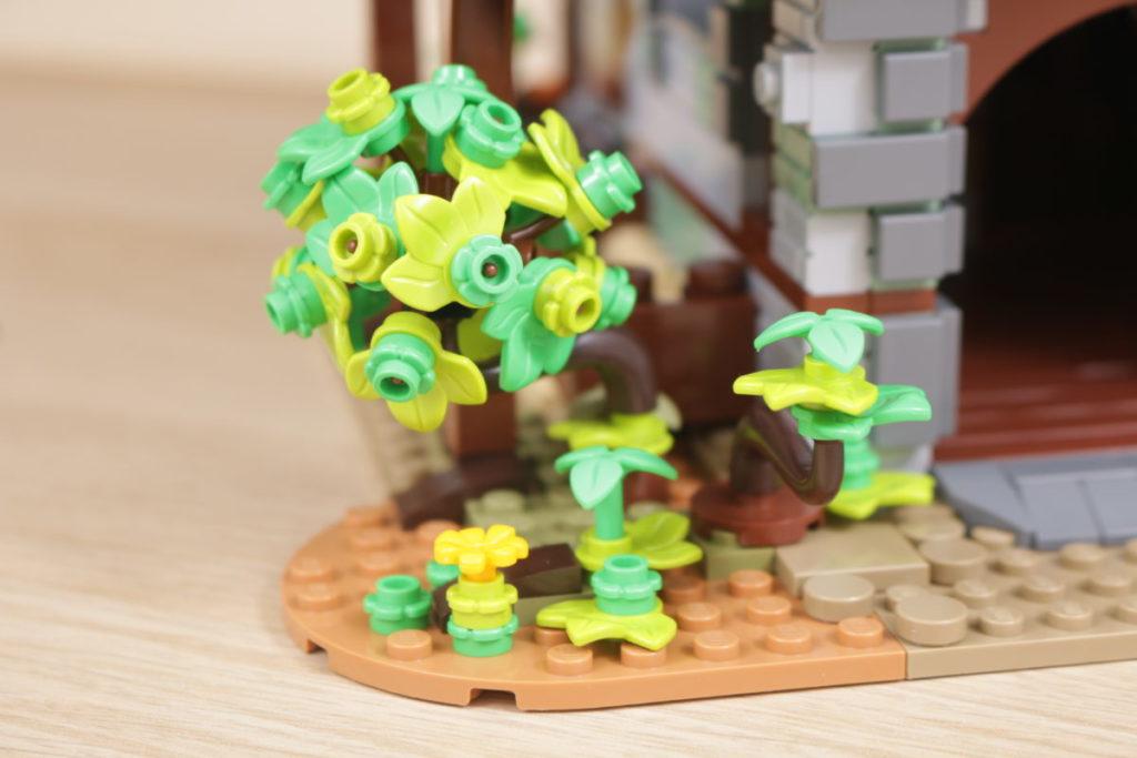 Rebuilding LEGO Ideas 21318 Medieval Blacksmith with Rebrickable 28