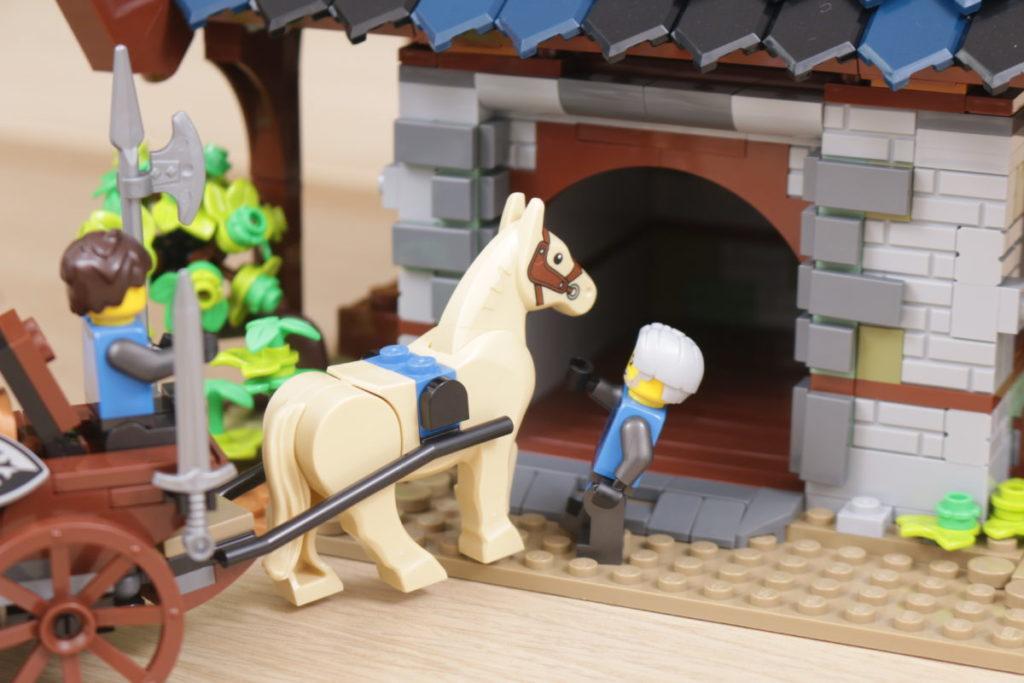 Rebuilding LEGO Ideas 21318 Medieval Blacksmith with Rebrickable 29