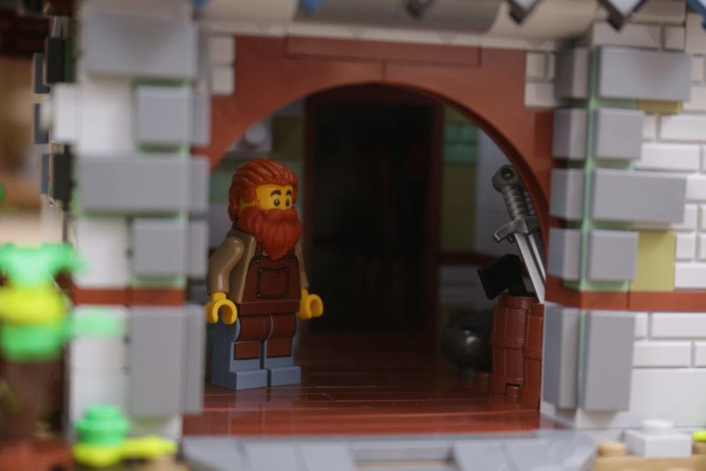 Rebuilding LEGO Ideas 21318 Medieval Blacksmith with Rebrickable 30