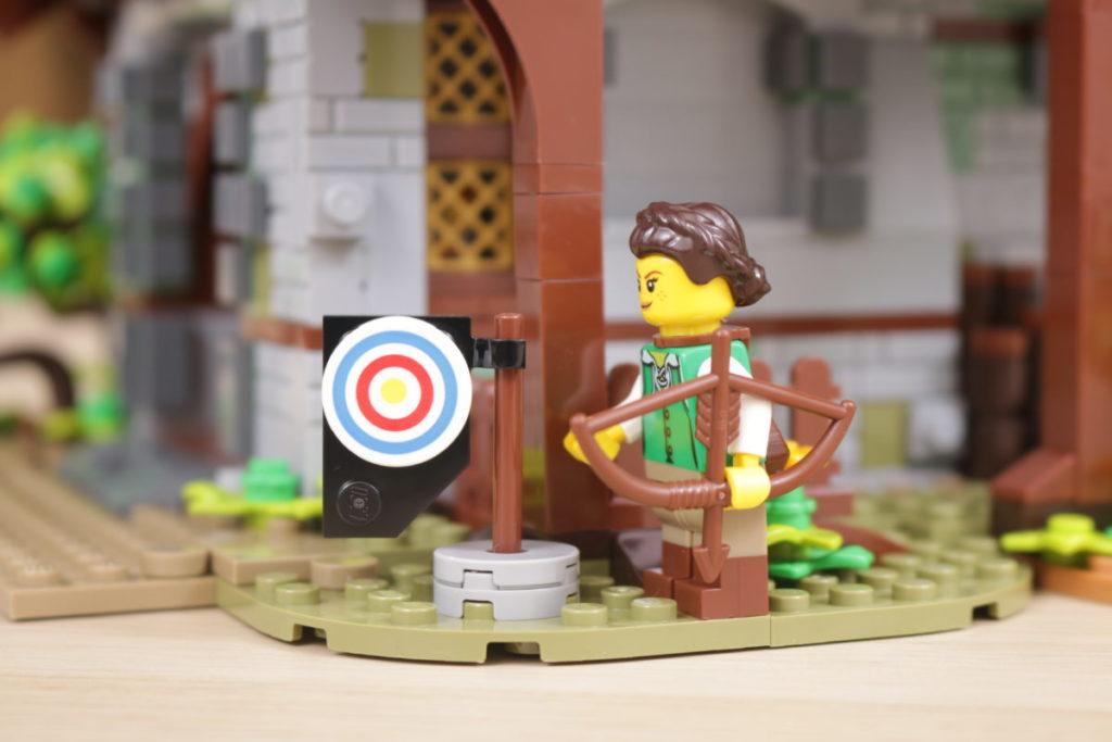 Rebuilding LEGO Ideas 21318 Medieval Blacksmith with Rebrickable 31
