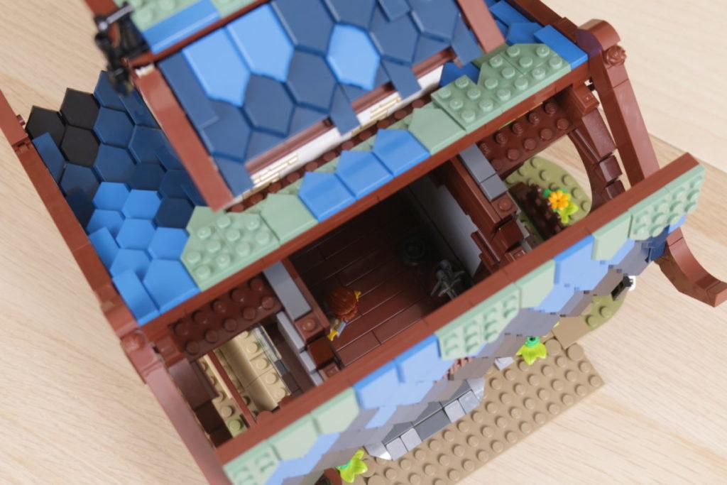 Rebuilding LEGO Ideas 21318 Medieval Blacksmith with Rebrickable 33