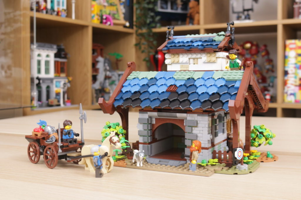 Rebuilding LEGO Ideas 21318 Medieval Blacksmith with Rebrickable 9