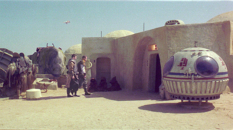 Star Wars Mos Eisley Cantina Featured