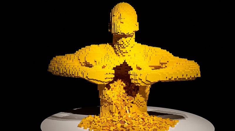 The Art Of The Brick Yellow Featured 800 445