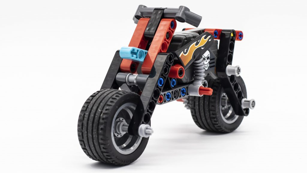 LEGO Technic 42106 Stunt Show Truck and Bike