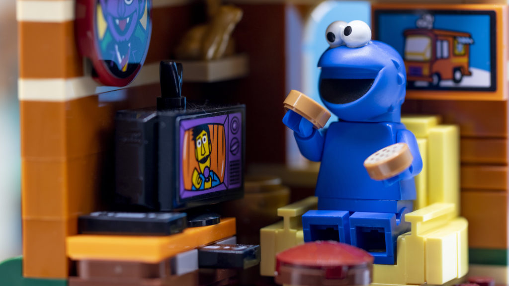 Cookie Monster And Guy Smiley