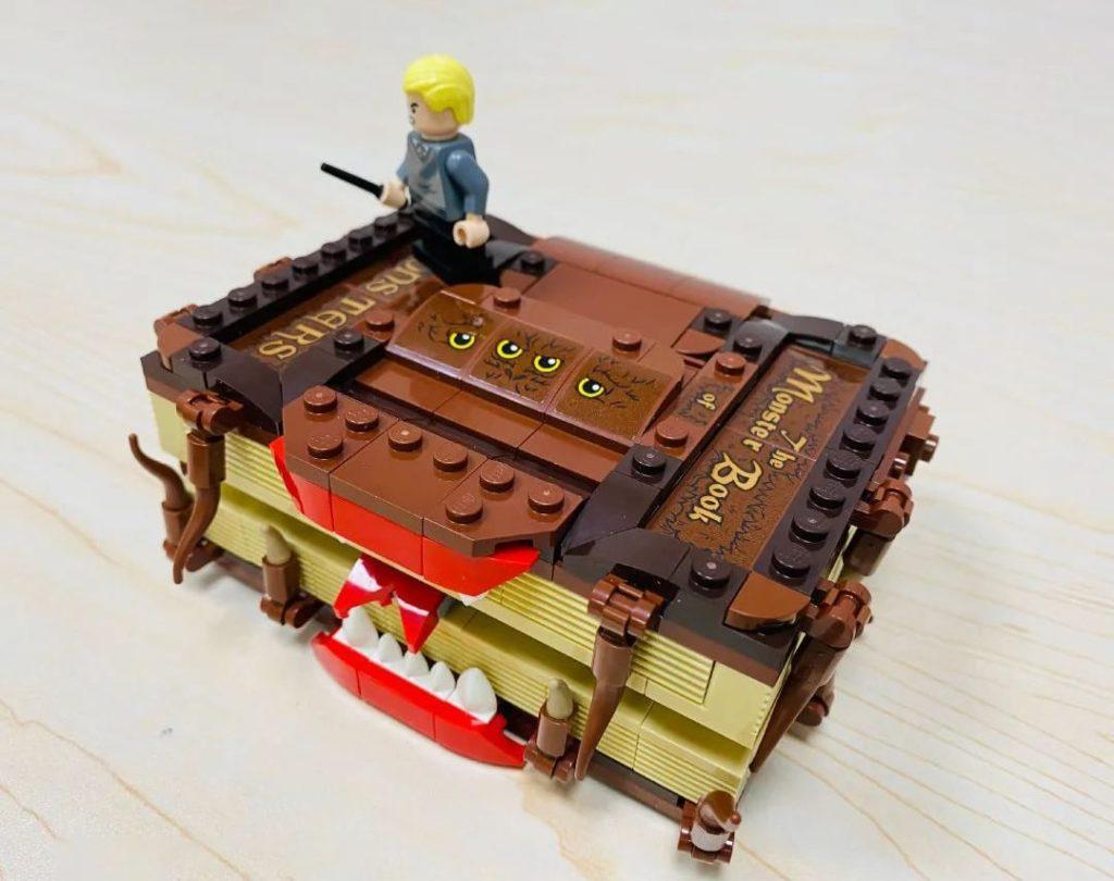 Lego 30628 Monster Books Of Monsters 3