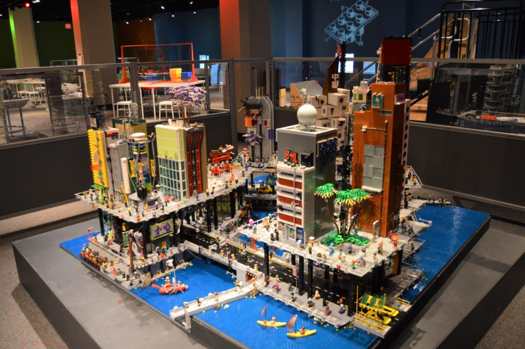 Lego Cyberpunk City 3