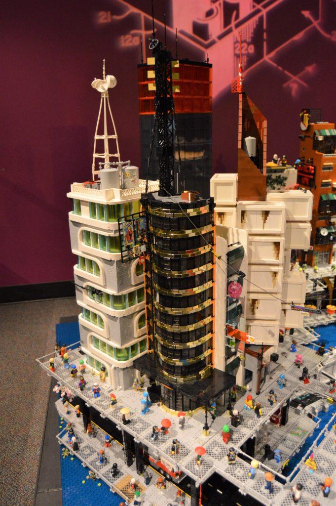 Lego Cyberpunk City 4