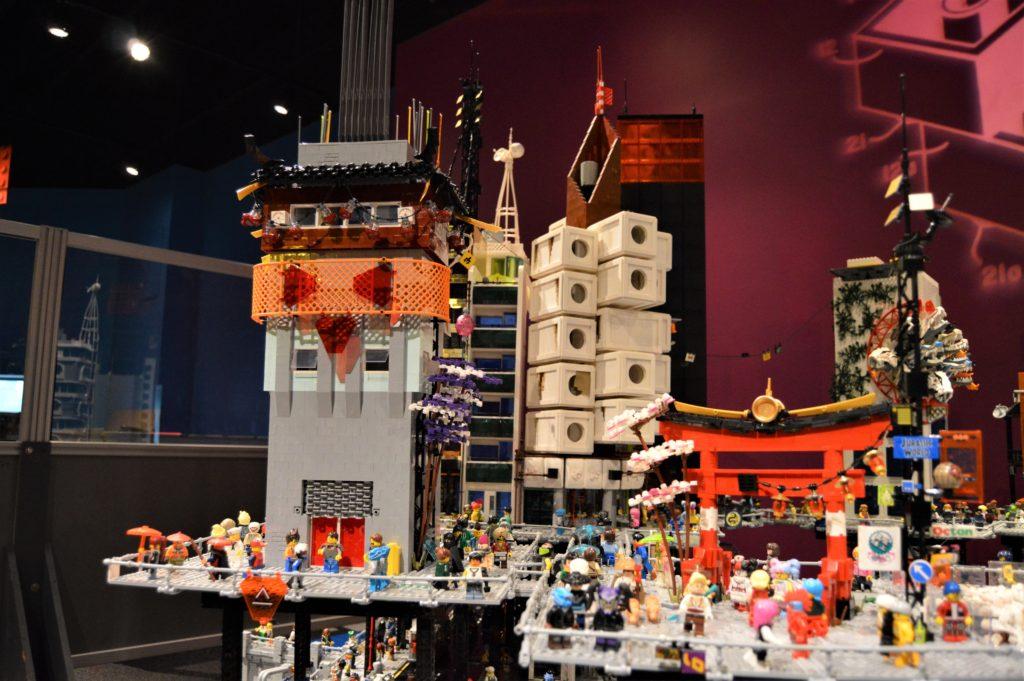 Lego Cyberpunk City 5